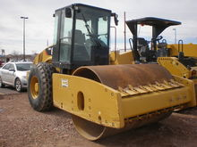 2012 Caterpillar Inc. CS64