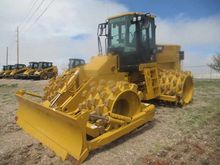 2014 CATERPILLAR INC. 815F II