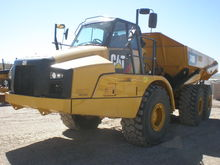 2015 Caterpillar Inc. 740B