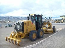 2013 Caterpillar Inc. 140M2