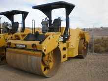 2011 Caterpillar Inc. CB64