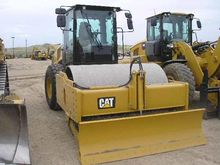 2014 CATERPILLAR INC. CS68B