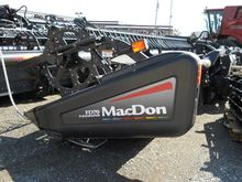 2009 MacDon FD70 Header/Platfor