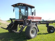 2002 MacDon 9352 Windrower-Self