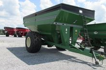 2002 Unverferth 9200 Grain Cart