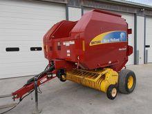 2010 New Holland BR7060 Baler-R