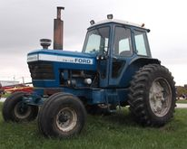 1982 Ford TW20 Tractor