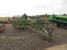 John Deere 1010 Field Cultivato