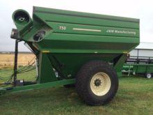 J & M 750-18 Grain Cart