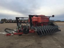 2003 Hiniker 4836 Air Seeder