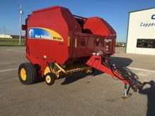 2012 New Holland BR7080 Baler-R