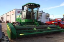 2005 John Deere 4895 SP Windrow