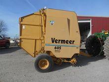 1999 Vermeer 605L Baler-Round