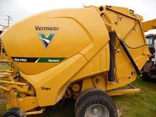 2015 Vermeer 504PRO Baler-Round