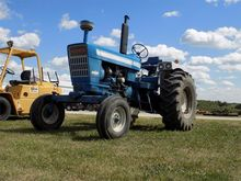 1973 Ford 7000 Tractor