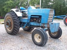1972 New Holland 8000 Tractor
