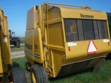 Vermeer 605K Baler-Round
