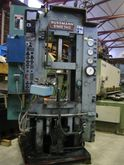 Hydraulinen powder press Bussma