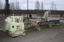 Used Center lathe To