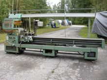 Used Center lathe Er