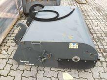 Weidemann dustpan 1370mm Hdr.An
