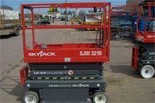 used 2012 SKYJACK SJIII3219 Con