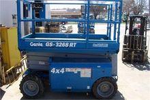 used 2007 GENIE GS3268RT Constr