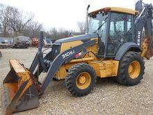 Used 2007 DEERE 310S