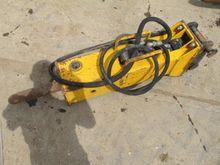 Hydraulic Crusher/Pulveriser To