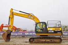 2011 JCB JS220LC
