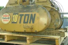 Used DETROIT 10 TON