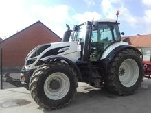 2015 Valtra T214 DIRECT