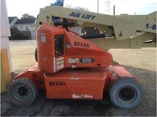 2008 JLG E400A-N