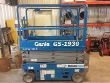 2011 Genie GS-1930
