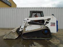 2005 Bobcat T 250
