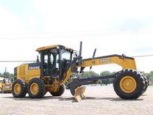 Used 2009 DEERE 770G