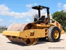 2010 CATERPILLAR CS56