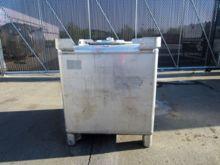 330 Gallon Stainless Steel Tot
