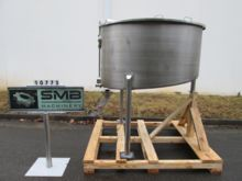 500 Gallon Stainless Steel Tan