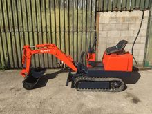 Used KUBOTA KH007 in