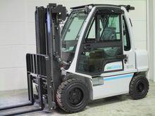 2016 UniCarriers DX-30 Diesel