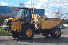 2005 JCB 718