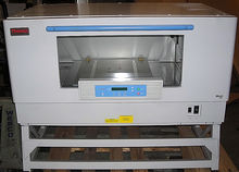 Thermo Fisher Model 443 MaxQ™ 8