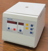 Baxter/Heraeus Biofuge 15