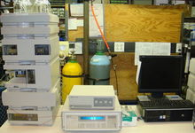 Agilent 1100 HPLC System with F