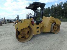 2011 Caterpillar CB64