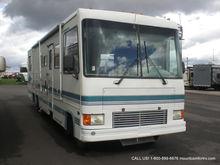 1995 Coachmen Santara 360MB