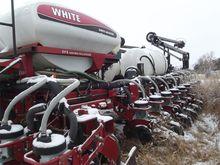 Used 2006 White 8524