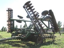 Used John Deere 635