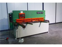 Hydraulic guillotine schear saf